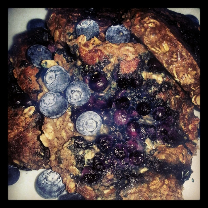 blueberry oatmeal protein pancakes recipe