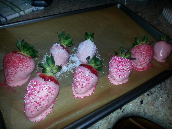 Chocolate Covered Strawberries Tutorial