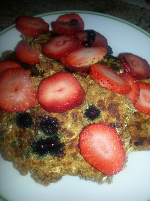 Healthy Blueberry Strawberry Pancakes